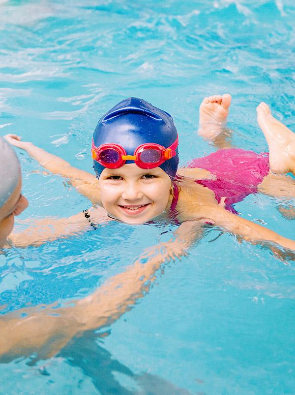 Nuoto bambini 3 6 anni acqua fitness - Bambini in piscina a 3 anni ...