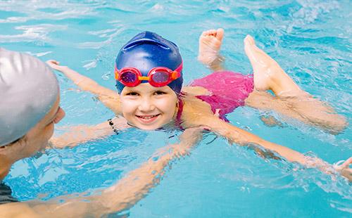 corso-acqua-amica-acquaticita-nuoto-bambini