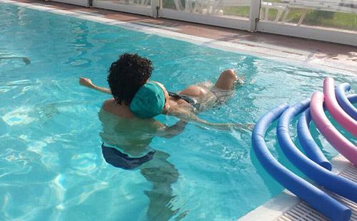 preparto-mamma-papa-acqua-insieme-corso-piscina